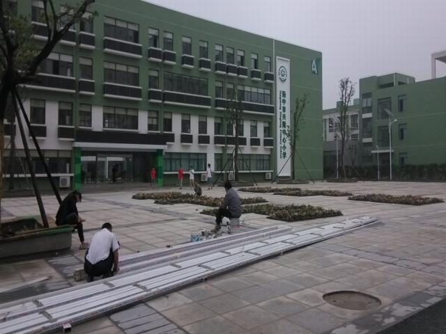 稀客音响中标扬中市兴隆中心小学活动礼堂声光像系统项目